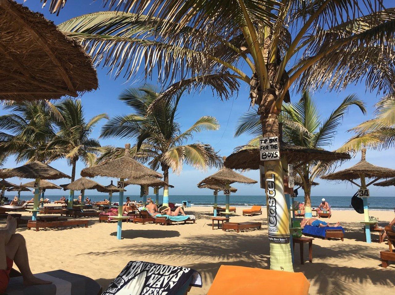 kunta-kinteh-lunchen-beach